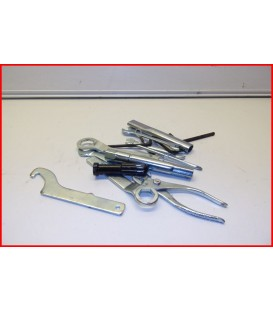 YAMAHA XJ6 600 2009-2013 TROUSSE A OUTILS - OCCASION